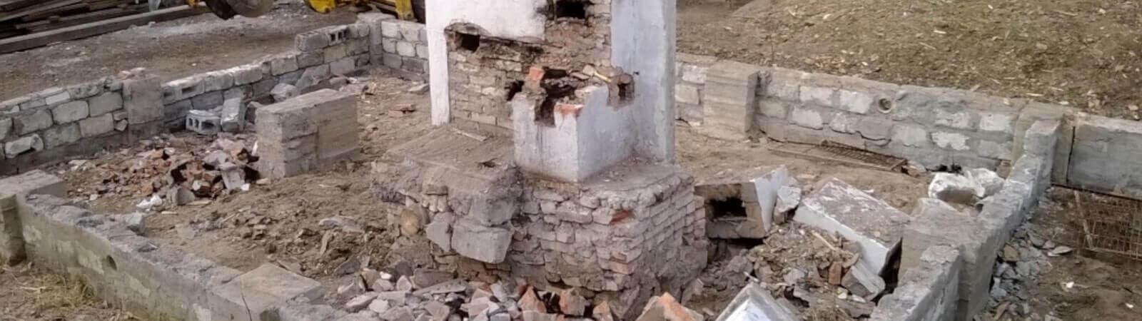 Особливості виконання демонтажу фундаменту