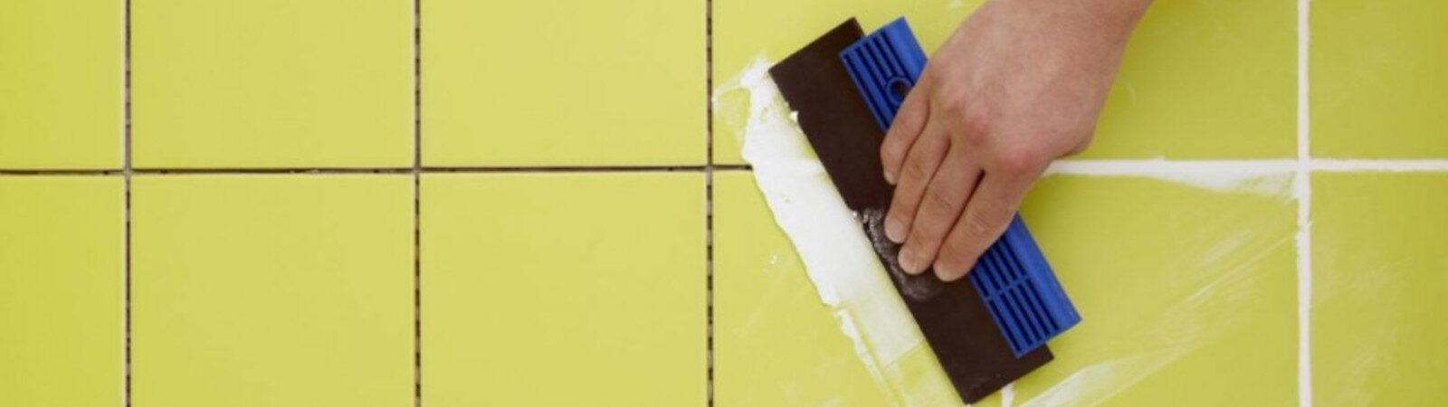 Як зробити затірку швів плитки