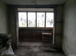 demontazh-sten-dlja-francuzskogo-balkona-harkov