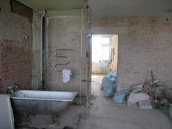 pereplanirovka-kvartiry-demontazh-sten-harkov