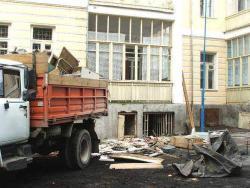 zakazat-zil-dlja-vyvoza-strojmusora-harkov