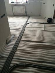 Разводка труб по полу в квартире.