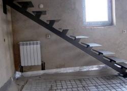 Лестница на второй этаж Харьков недорого