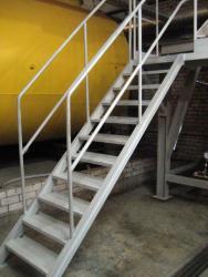 Лестница с перилами Харьков