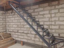Сварка лестницы на техэтаж Харьков цена