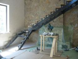 Устройство лестницы на второй этаж Харьков